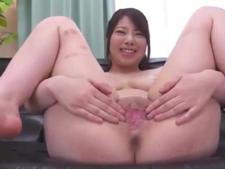 Chinese Chicks SHOWING THEIR PUSSIES - Vol 2